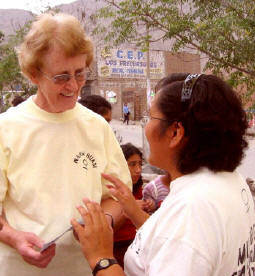 Sister Mary (left) with Carmen Rosa from the Huarmi Huasi Women's Centre