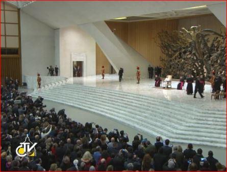 Pope Francis meets Media2