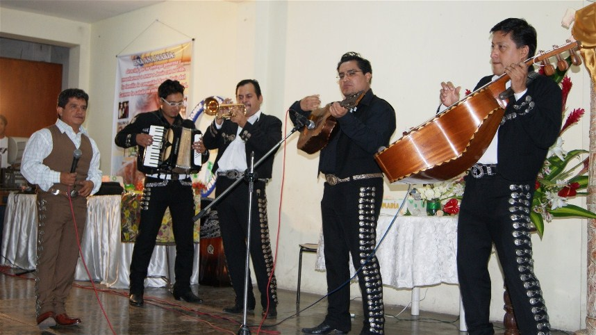 ...and a Mariachi group arrived to seremade Sister for the special occasion