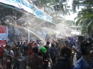 burma longest shower